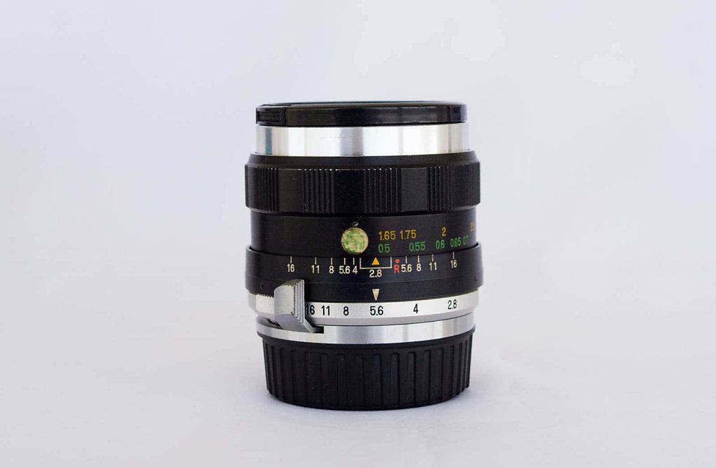 Nikkorex-Sekor 35mm f/2.8 in F-Mount