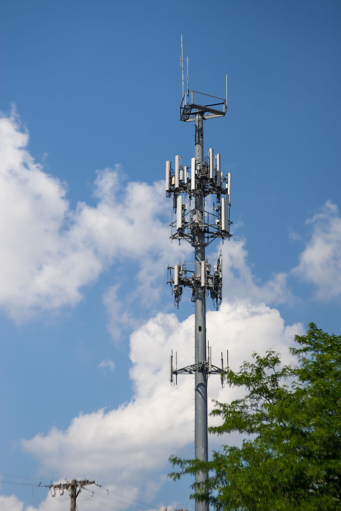 Cell Tower - shot with Leitz Hektor 120mm f/2.5